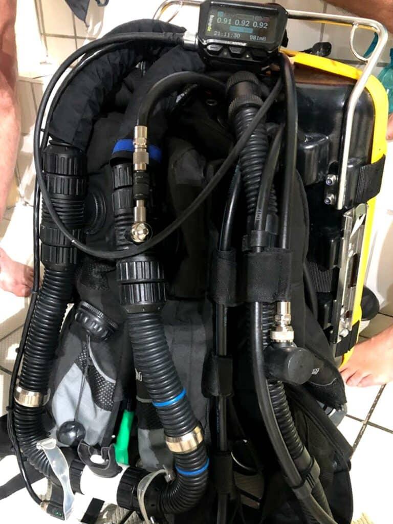 Présentation d'un recycleur de plongée aux membres du club - AixPlo novembre 2019