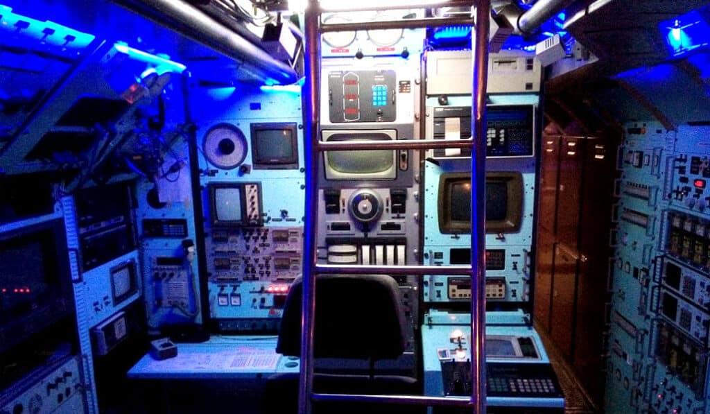 Instruments de navigation du sous-marin SAGA - AixPlo février 2020